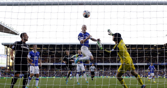 premier-league-everton-v-chelsea-goodison-park-steven-naismith_3003550.jpg