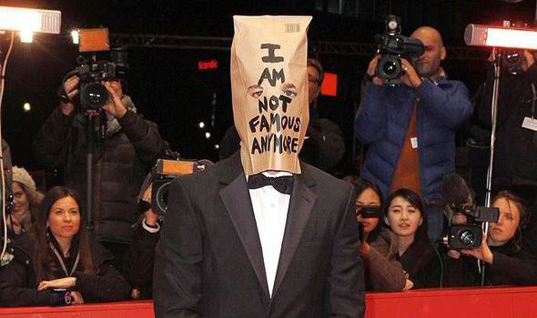 shia_lebeouf_nymphomaniac_paper_bag_press_conference_eric_cantona_weird_scruffy_plagerism-458944.jpg