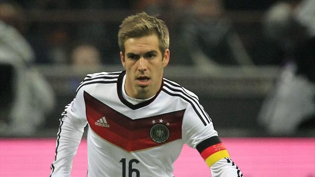 philip-lahm-is-struggling-with-an-injury.jpg