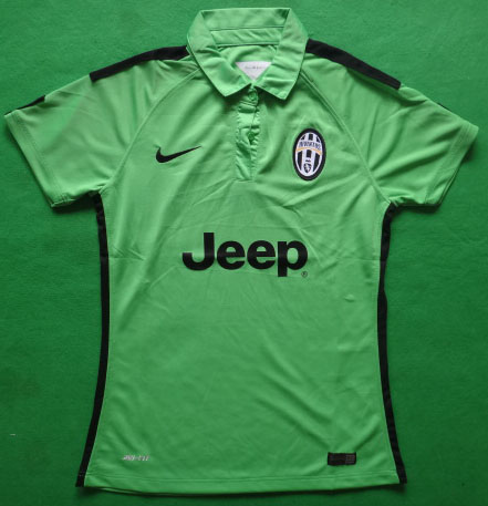 top_juventus_14_15_away_green_jersey.jpg