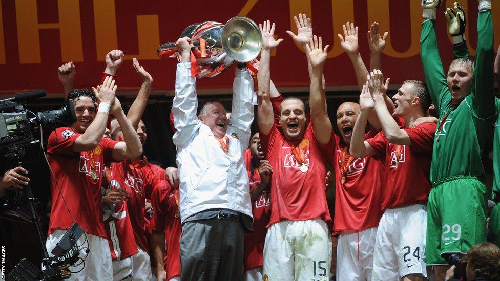 _67471769_sir_alex_ferguson_2008_championsleague.jpg