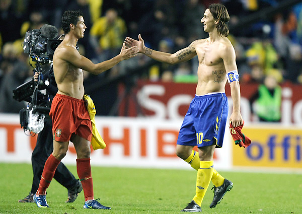 cristiano-ronaldo-zlatan-ibrahimovic-world-cup-qualifying-playoffs.jpg