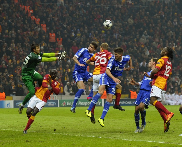 galatasaray-vs-schalke-9.jpg