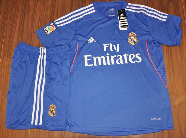 real-madrid-away-blue.png