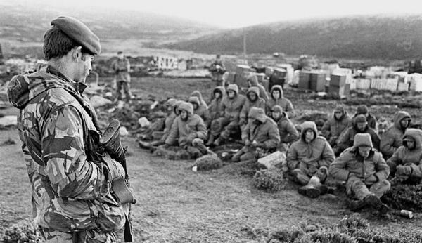 the-falklands-war-1982.jpg