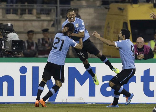 2014 World Cup play-off: Uruguay hammer Jordan