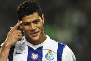 Zenit intent to compete with Chelsea for Porto star Hulk