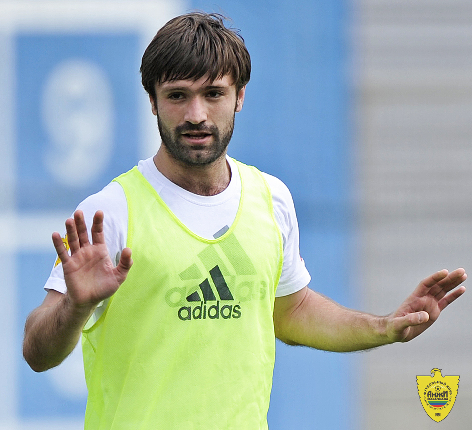 Гаджиев пообещал станцевать лезгинку для фанатов «Таврии» в случае победы в Кубке Украины
