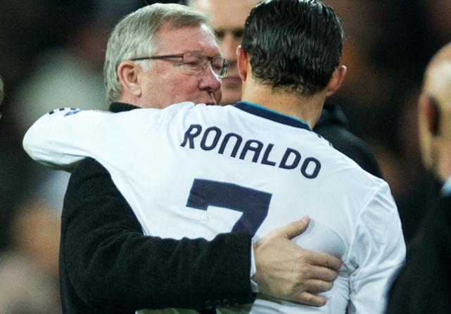 Фергюсон намерен вернуть Роналду в «Манчестер Юнайтед»