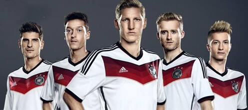 Сборная Германии представила новую форму на ЧМ-2014 (ФОТО)