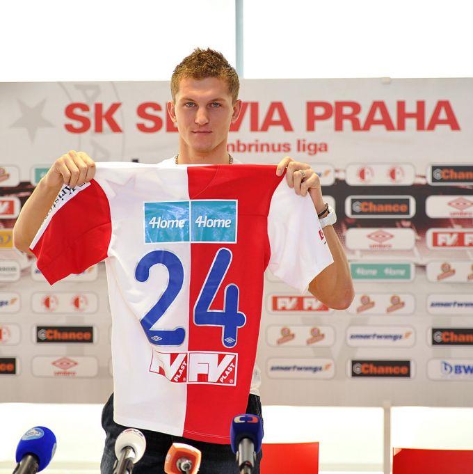 «Славия» арендовала у ЦСКА Томаша Нецида до конца сезона (ФОТО)