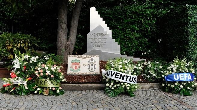 Поклонники «Ювентуса» добились сохранения мемориала в память о трагедии на «Эйзеле»