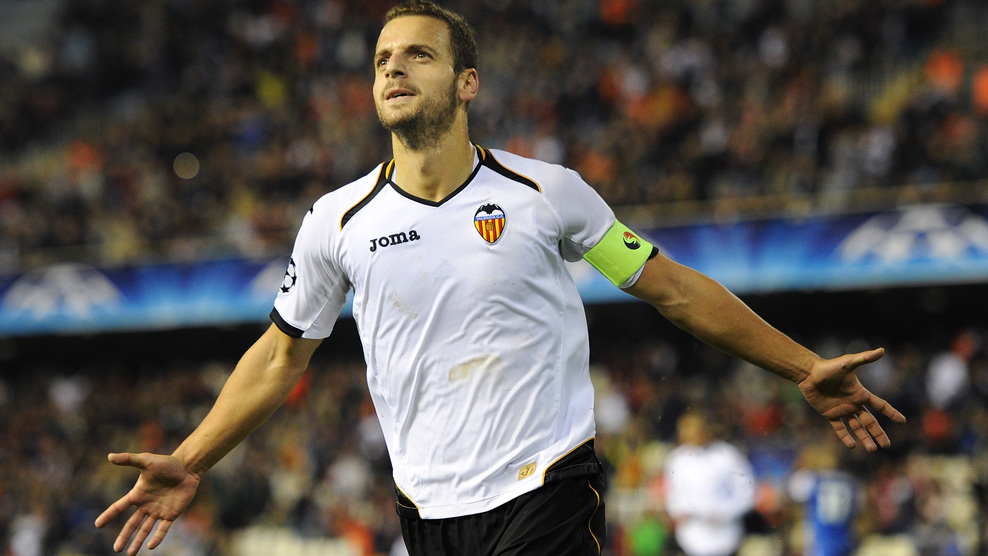Roberto Soldado is committed to Valencia