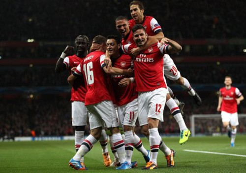 Arsenal shine, Chelsea cruise in Bucharest and other Champions League results