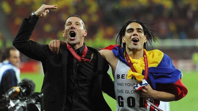 Latest Transfer Rumors in Spanish Football: Atlético target Džeko, Suarez as Falcao replacement