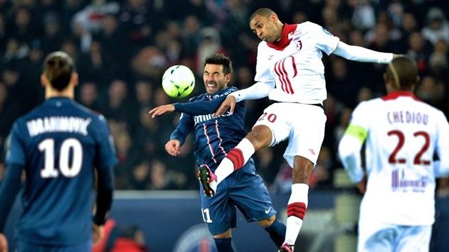 Paris Saint-Germain climbs on top
