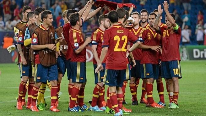 Чемпионат Европы (U-21). Испания — Голландия. Онлайн-трансляция начнется в 20.00