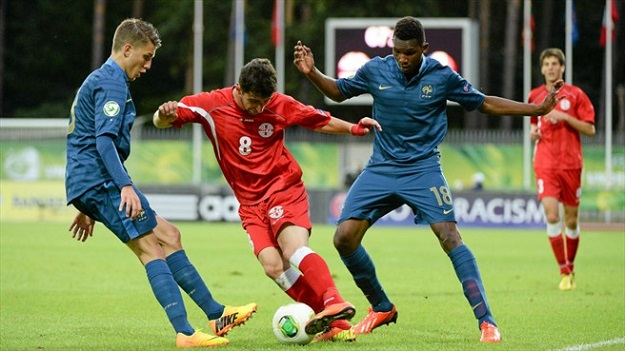 Чемпионат Европы (U-19). Турция — Франция — 1:2. Хроника событий