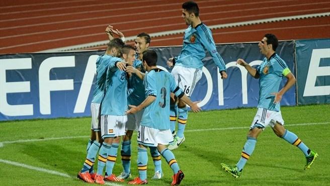 Чемпионат Европы (U-19). Сборные Испании и Португалии пробились в полуфинал