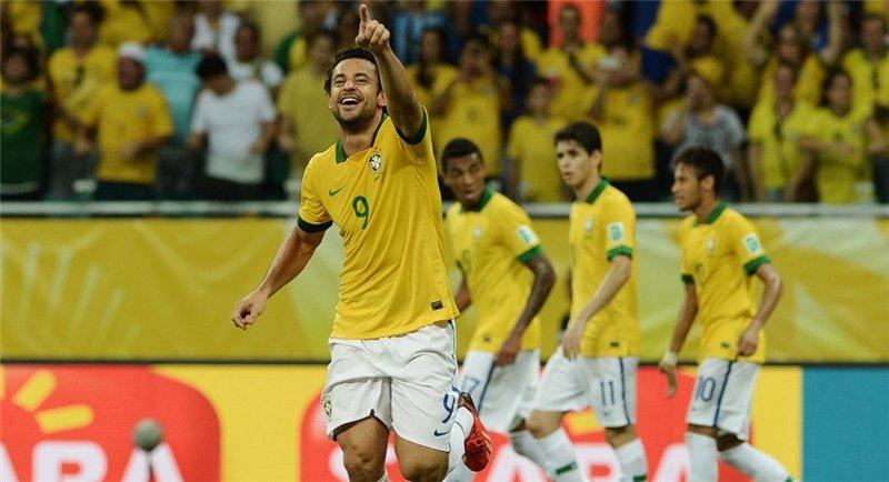 Кубок конфедераций-2013. Бразилия — Уругвай. Онлайн-трансляция начнется в 23.00