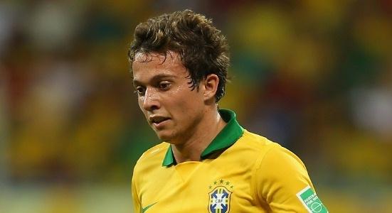 «Шахтер» предложил 25 миллионов за хавбека сборной Бразилии Бернарда