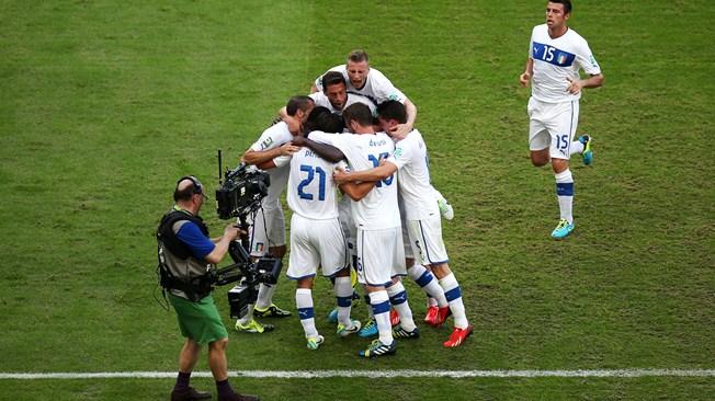 Кубок конфедераций. Группа «А». Гол Балотелли принес сборной Италии три очка в матче с командой Мексики