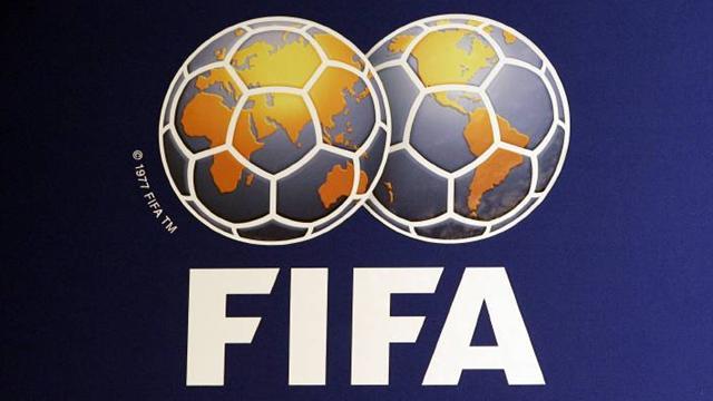 Россия поднялась в рейтинге ФИФА на 12-ю строчку, опередив Бразилию