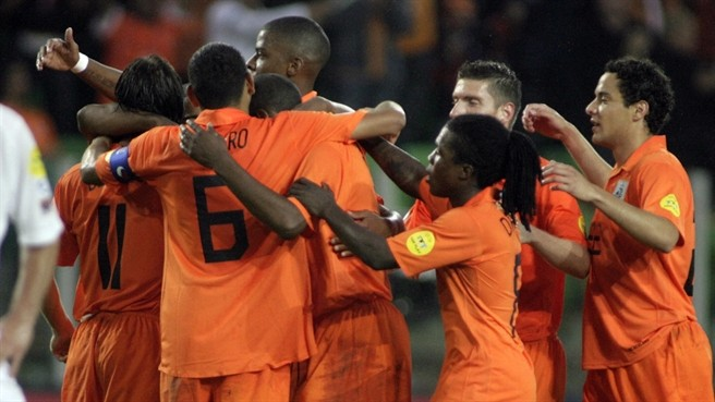 Чемпионат Европы (U-21). Голландия — Германия. Онлайн-трансляция начнется в 22.30