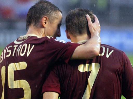 «Краснодар» интересуется Денисовым и Быстровым
