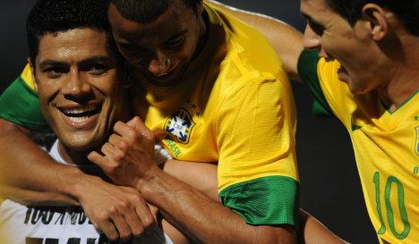 Халк отличился за сборную Бразилии в товарищеском матче против Китая