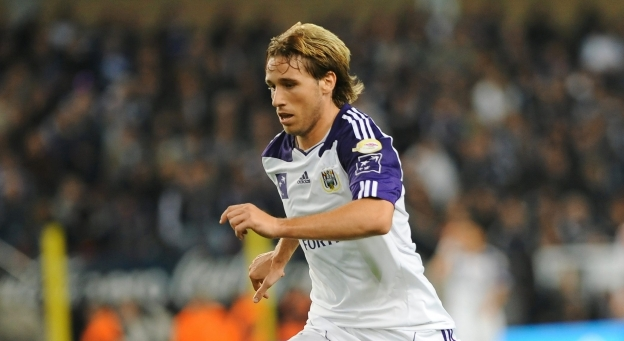 Latest transfer rumours: Real chases Lucas Biglia