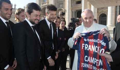 Папа Римский провел встречу с игроками «Сан-Лоренсо» (ФОТО)