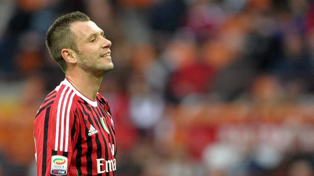 Cassano wants to leave Milan