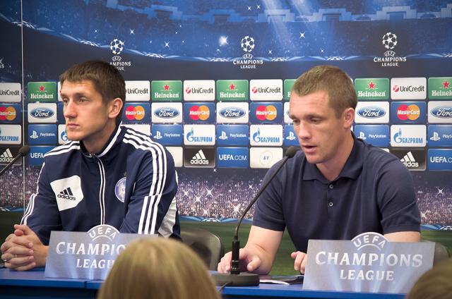 Артем Радьков и Виктор Гончаренко оценили качество газона на минском стадионе «Динамо» (ФОТО)