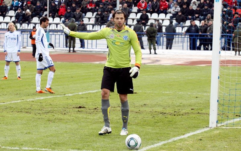 Илья Абаев во вторник перейдет из «Волги» в «Локомотив»