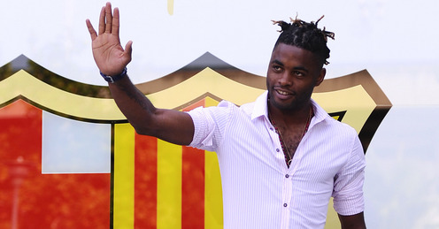 Alex Song signed 5-year deal with Barca