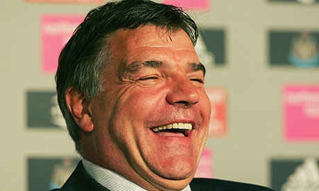 Allardyce in contract talks with West Ham