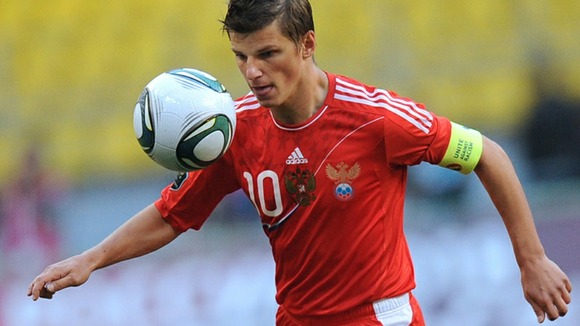 Andrey Arshavin goes on wearing the captain's armband