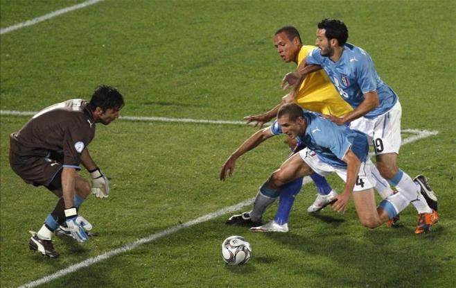 Товарищеский матч. Италия — Бразилия. Прогноз. «Встреча по одежке»