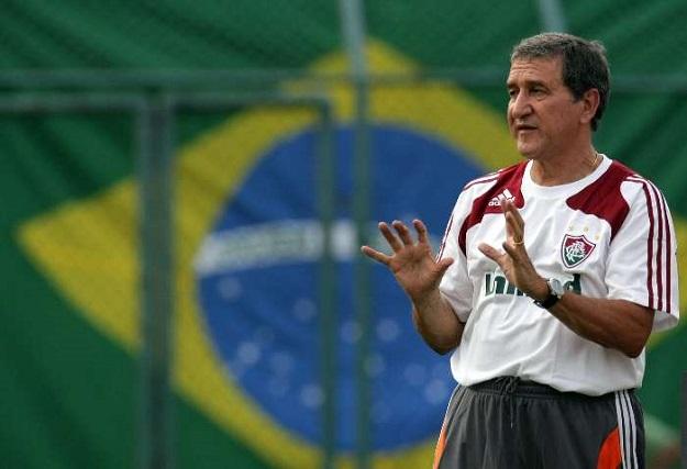 Карлос Альберто Паррейра: «Легко найти проблемы, если ты пятикратный чемпион мира»