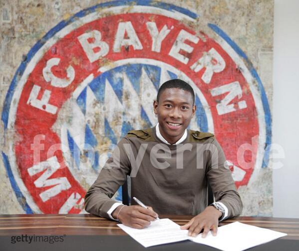 Алаба продлил контракт с «Баварией» до 2018 года (ФОТО)