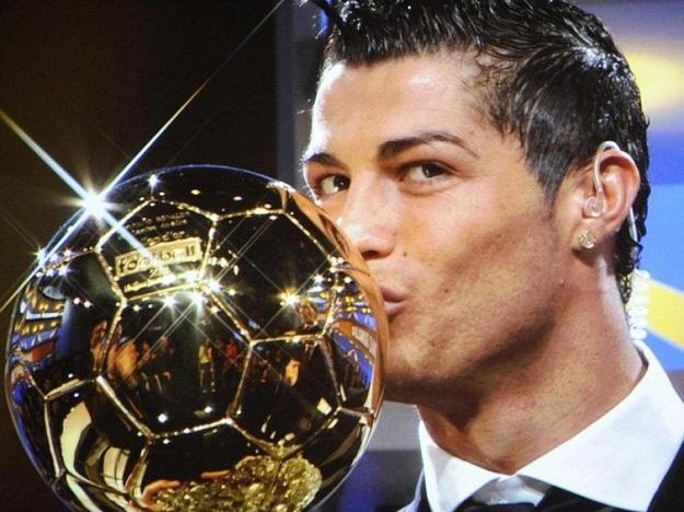 Криштиану Роналду и еще девять человек, выигрывавших «Золотой мяч» больше одного раза