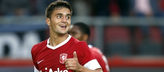 Ajax follows Twente midfielder Dusan Tadic