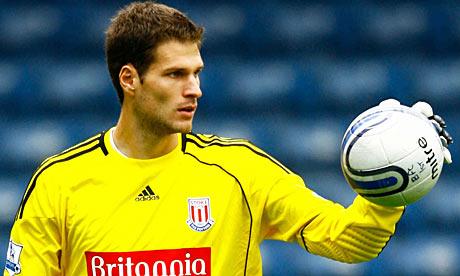 Chelsea to bid for Begovic