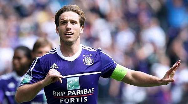 Lazio chase Anderlecht midfielder Biglia