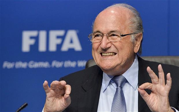 «Реал» требует от Блаттера извинений за его слова о Роналду (ВИДЕО)