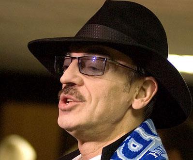 Кадыров просит Боярского не сбривать усы