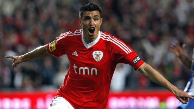 Manchester City eye move for Benfica Cardozo