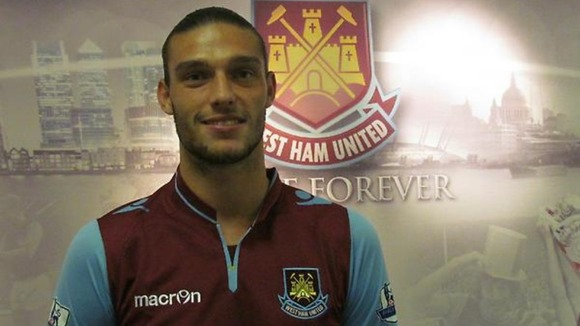 West Ham seal Carroll move