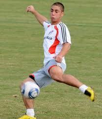 Man City eye River Plate midfidler